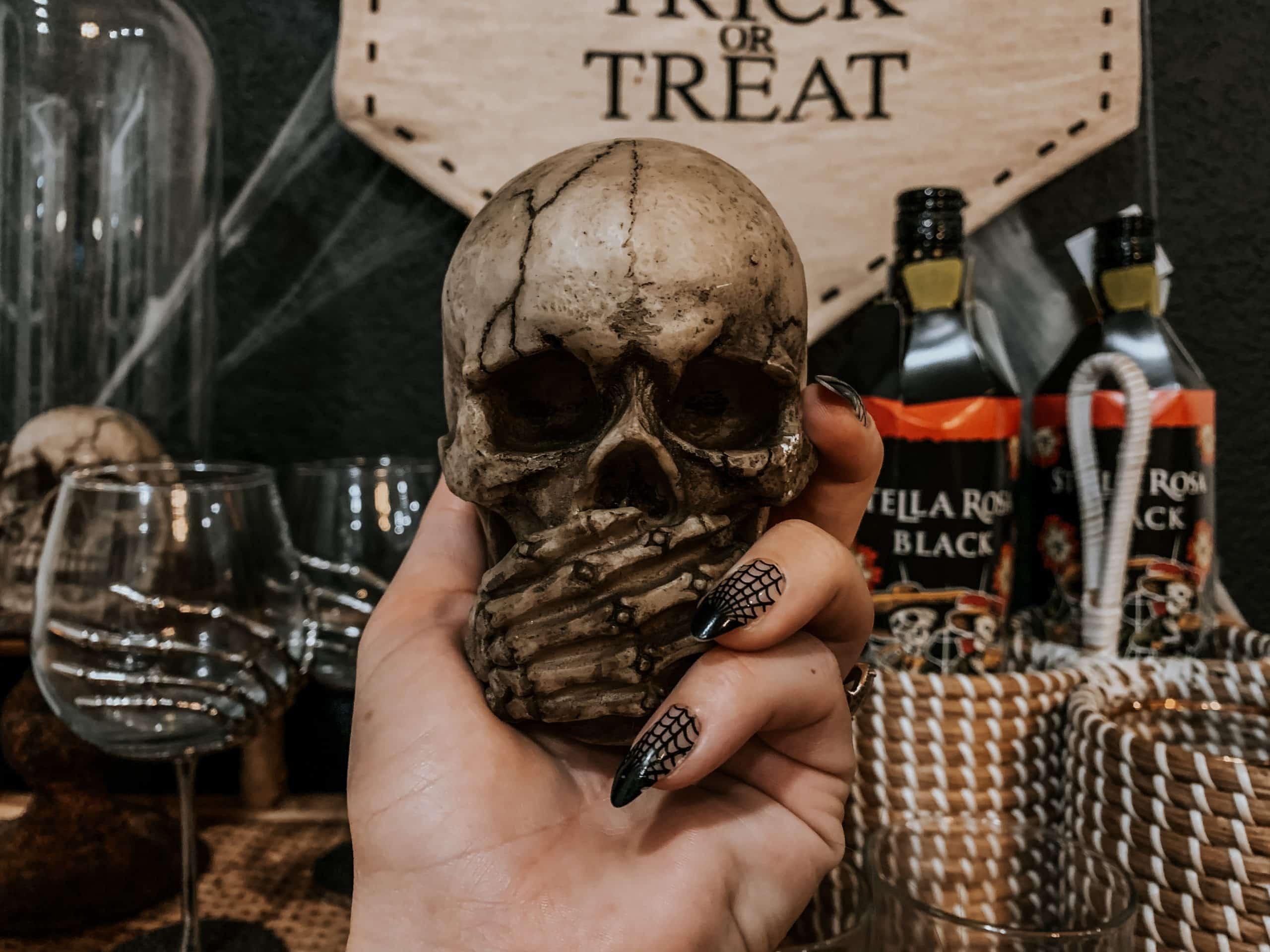 Speak No Evil Halloween Skull