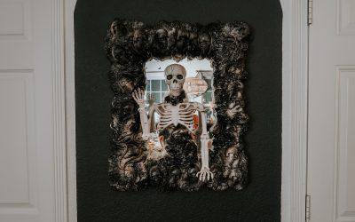 DIY Skeleton Mirror